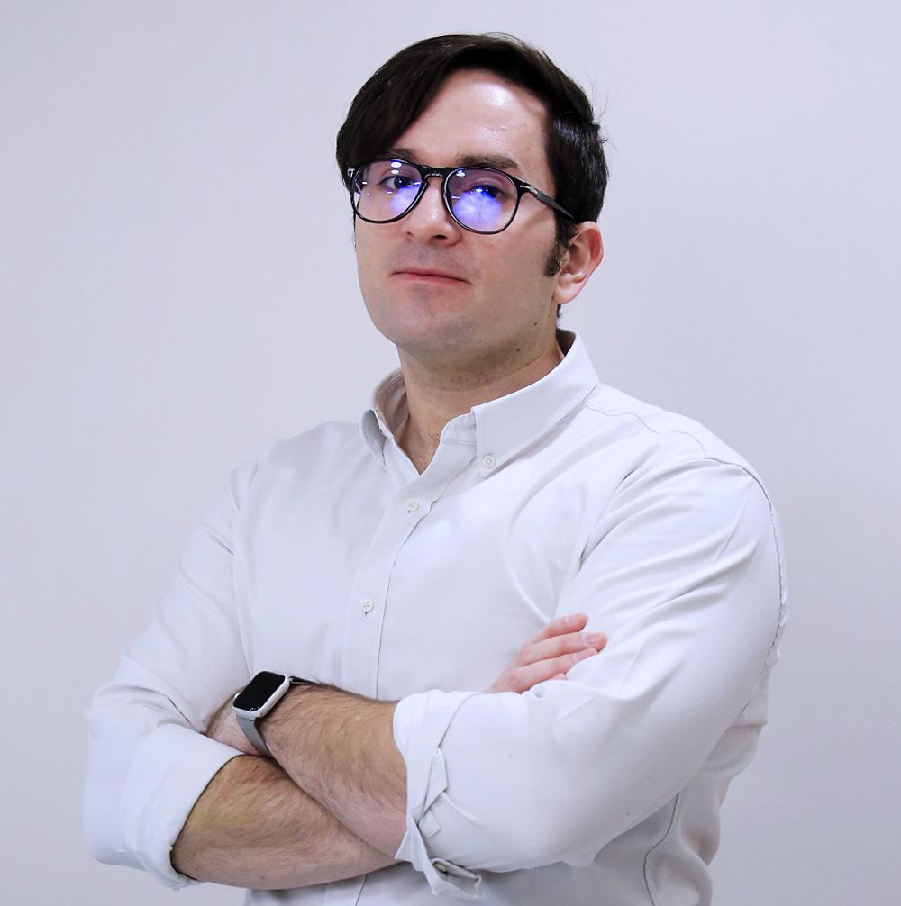RODRIGO ANDRES HOYOS BACHILOGLU
